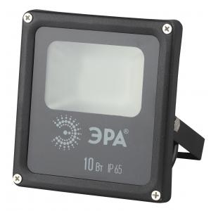 ЭРА LPR-10-2700К-М SMD 10Вт 800Лм 2700-3000К 120х140 (40/960)